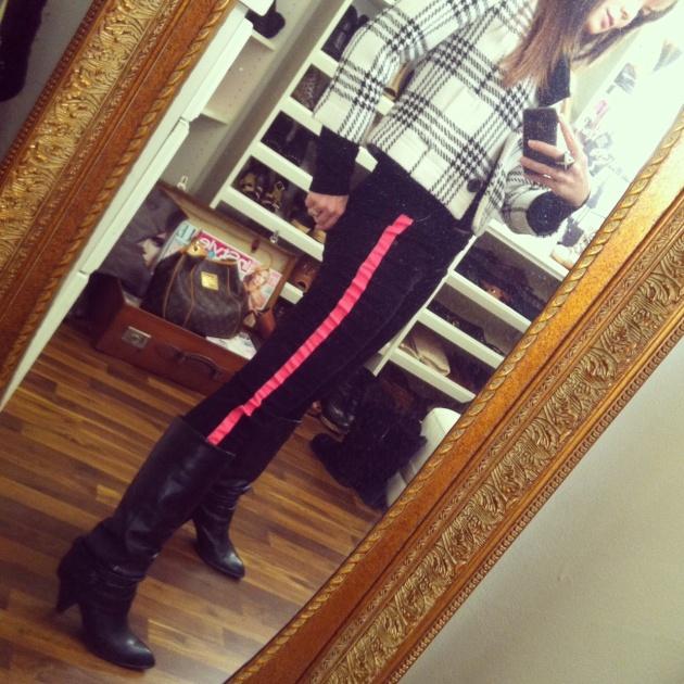 Pink_tuxedostripe