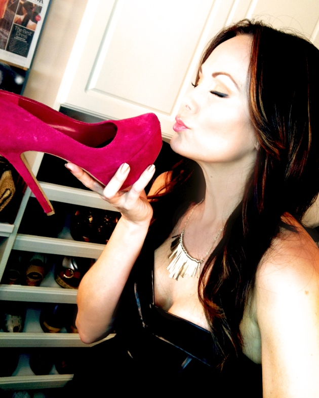 TYIff_kissing shoe