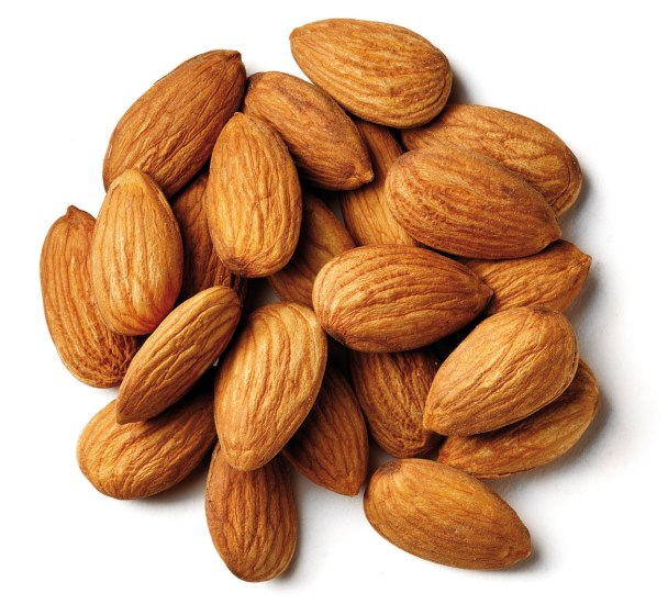almonds-face-packs