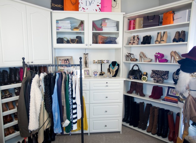 SOS_closet
